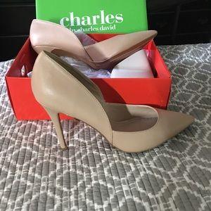Charles by Charles David nude leather heels 10